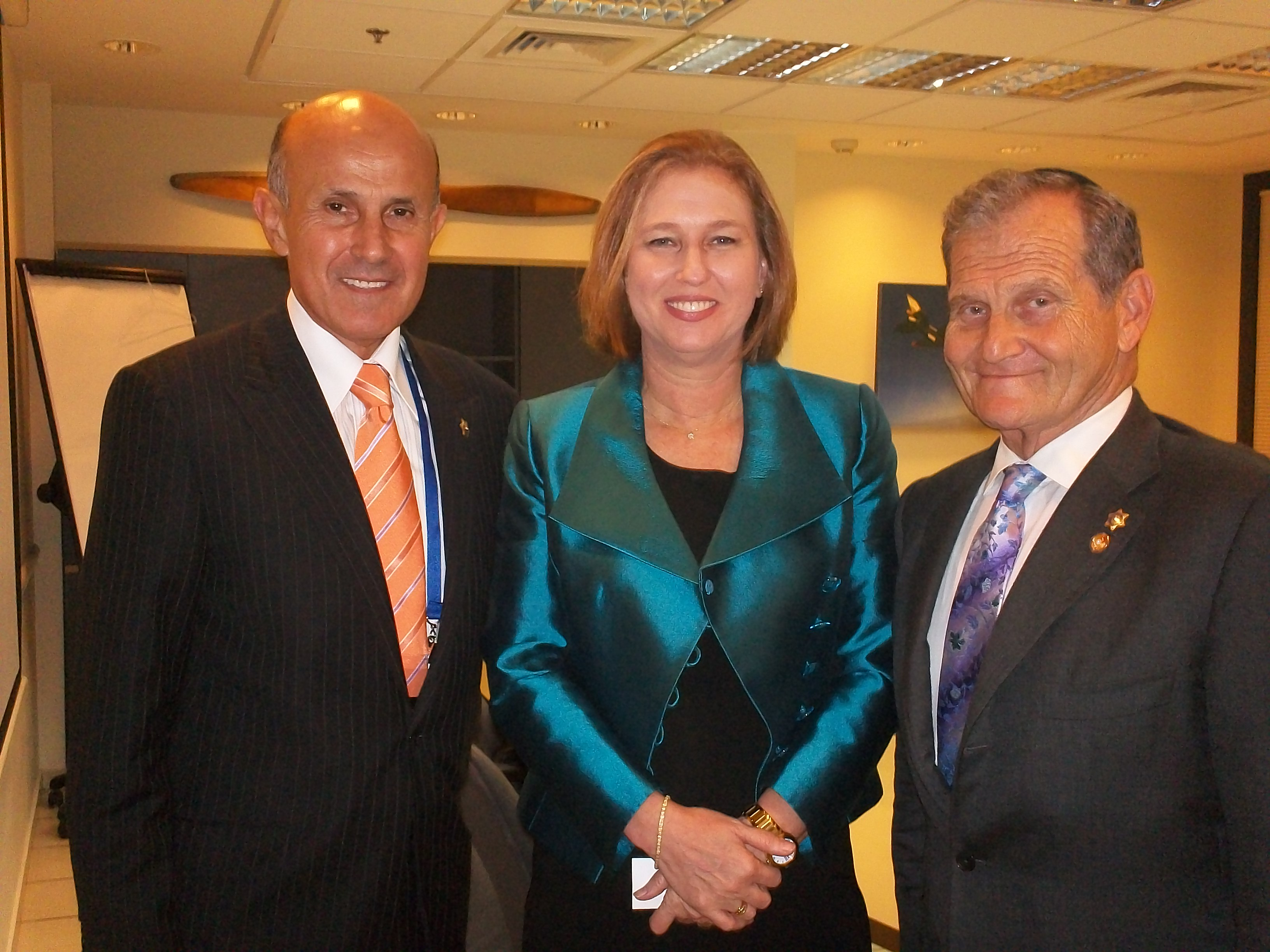 Center: Israeli Opposition Leader Tzipi Livin, Left: LA County Sheriff Lee Baca, Right: Commissioner Andrew Friedman